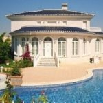 Сколько стоит содержать квартиру и виллу в Испании?
